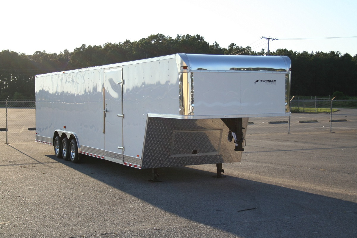 Triple Axle 38′ Gooseneck w/ Mags & A 48″ Side Door, TORSION, FINISHED CEILING
